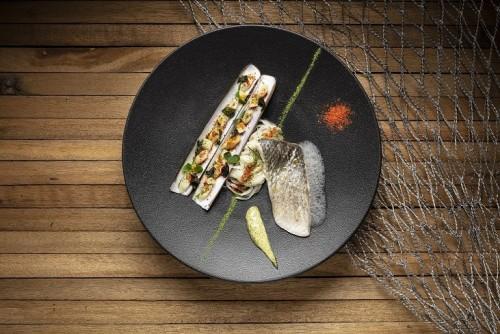 海鱸魚、蟶子配海藻黃油汁