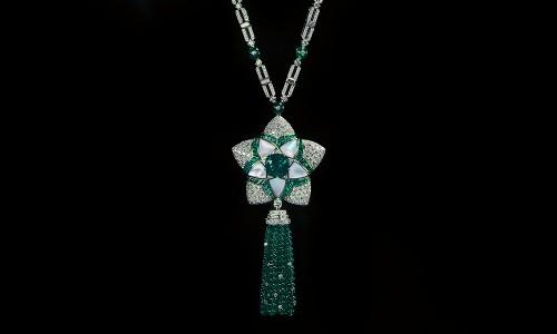 Jannah Emerald Flower - front