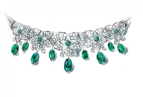 BVLGARI 高級珠寶白金頭冠,鑲有珍珠母貝元素,1顆拋光祖母綠寶石(3.47克拉),8顆拋光祖母綠寶石(16.28克拉),5顆圓形祖母綠寶石,10顆圓形明亮式切割鑽石和密鑲鑽石(10.28克拉)