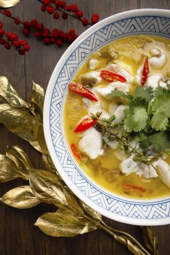 圖片_日夜粥麵區_年年有餘 Photo_Noodle & Congee_Poached Fish Fillets with Pickled Vegetables and Rice Pudding